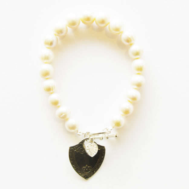 Freshwater Pearl Bracelet with Sterling Silver Sheild & Small Heart