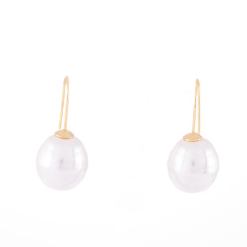 Our Large Pearl Gold Drop Earrings. Shown here, hand-made with gold over 925 sterling coupled with a stunning large pearl. In short, this lovely pair of gems are full of style and elegance. The perfect gift idea for that someone extra special. Or as the ideal self-indulgent purchase to add to your own collection.